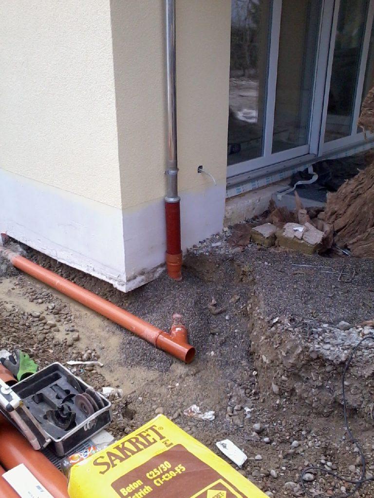 Kanalanschluß und Regenentwässerung BV Pflegerstrasse in München auf engsten Raum-Foto-0001 (10)