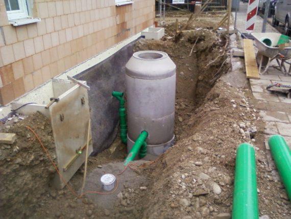Kanalanschluss Regenentwässerung grosse Zisterne
