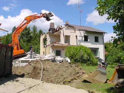 Abbruch eines Einfamilienhauses in München